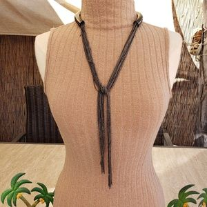 Long changing necklace